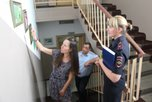 В Уссурийске в здании транспортной полиции открыта выставка «Замечаю прекрасное»