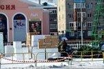 Главный новогодний атрибут уже установлен на площади Уссурийска