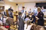 В Уссурийске сотрудники транспортной полиции провели «Урок мужества»