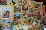 В Уссурийске открылась выставка декоративно-прикладного творчества среди школьников «Вернисаж талантов»