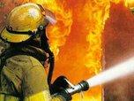 Два гаража сгорело в Уссурийске