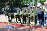 Церемония возложения венков и цветов, посвященная Дню памяти и скорби, прошла в Уссурийске
