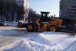 За ночь с уссурийских дорог на полигон вывезли почти 1000 кубометров снега