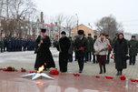 Церемония возложения цветов к мемориальному комплексу «Воинам-уссурийцам, погибшим в годы ВОВ» прошла в Уссурийске