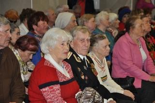 Пенсионеры Приморья старше 70 лет просят прибавку к пенсии