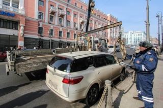 Стоимость содержания авто на штрафстоянках в Приморье повысили до 400 рублей