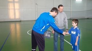 Матч по мини-футболу в Уссурийске между