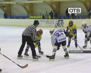 Юные хоккеисты Уссурийска и Владивостока сошлись в схватке за Кубок Ростелекома