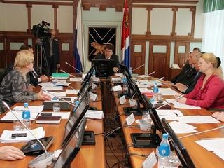 Приморью не хватает 2 млрд рублей на повышение заработной платы бюджетникам