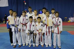 Уссурийцы привезли 29 медалей с чемпионата и первенства России по тхэквондо ИТФ