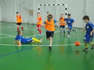 Краевой турнир по мини-футболу среди юношей 2003 года рождения прошёл в Уссурийске
