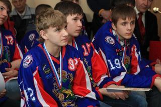 Торжественное чествование юных хоккеистов состоялось на уссурийской «Ледовой арене»