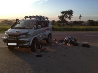 Уссурийские сотрудники ГИБДД устанавливают обстоятельства автоаварий, в которых погибли мотоциклисты