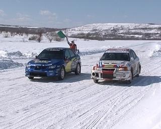 Паралелльные автогонки на льду прошли впервые в Уссурийске