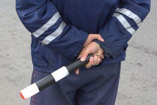 В Уссурийске полицейские проверяют таксистов