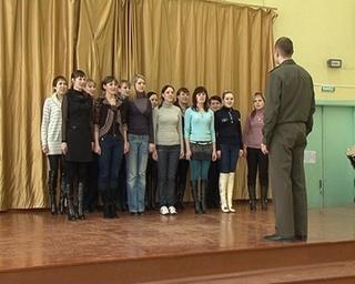 Уссурийские девушки готовы служить в армии