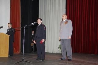 Полицейского наградили за спасение утопающего в Уссурийске