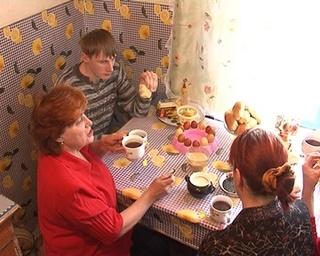 Три поколения семьи Кукуруза