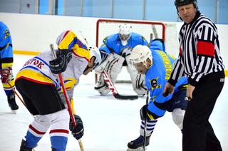 Уссурийск принял эстафету «Ночной хоккейной лиги» Приморья