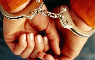 Уссурийские полицейские по «горячим следам» задержали подозреваемых в разбойном нападении