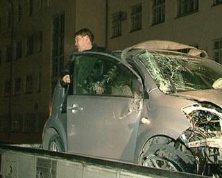 Пьяный водитель разбил машину и травмировал пассажирку в Уссурийске