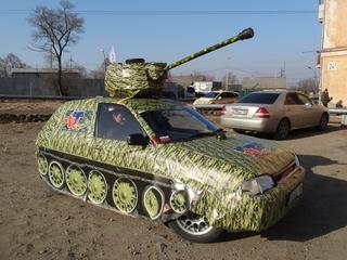 «Мини-танк Т-34» стал причиной автомобильных заторов в Уссурийске