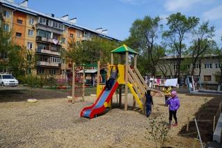 Более 50 новых детских площадок установят в Уссурийске