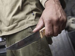 Житель Воздвиженки зарезал приятеля ножом