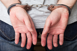 Подозреваемого в изнасиловании двух детей задержали в Уссурийске