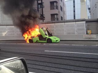 Движок Lamborghini Murcielago не выдержал резвости водителя