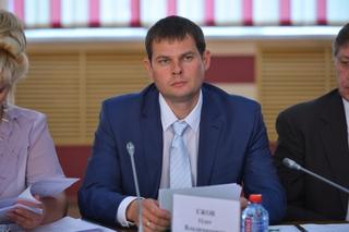 Олег Ежов разберется со строительством жилья и ремонтом дорог в Уссурийске и Спасске