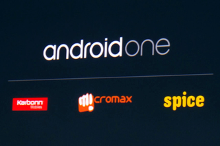 Google представила первые смартфоны Android One