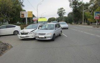 В Уссурийске в ДТП пострадали водители обоих транспортных средств