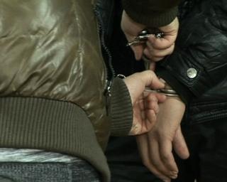 В Уссурийске полицейские задержали подозреваемых в нападении на ломбард