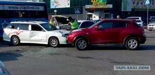 Пьяный водитель стал виновником сразу двух ДТП в Уссурийске. Видео