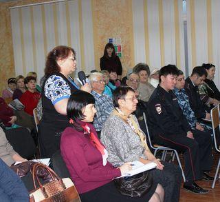Евгений Корж встретился с жителями