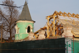 Старейшую гостиницу Уссурийска реконструируют незаконно - прокуратура
