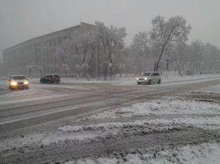 За покрытые снегом и льдом дороги Уссурийска ответили чиновники