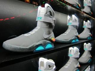 Обувь из фильма «Назад в будущее» будет подзаряжаться при ходьбе