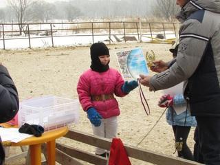 Конкур на пони и верховых лошадях показали наездники в Уссурийске