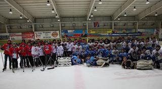 Уссурийцы заняли второе место в Первенстве по хоккею