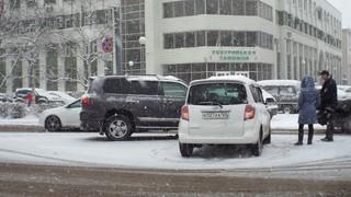Снегопад спровоцировал несколько ДТП в Уссурийске