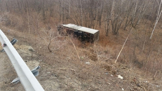Водитель грузовика погиб в ДТП под Уссурийском