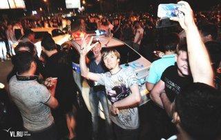 Стритрейсеры устроили нелегальные гонки на объездной дороге вокруг Уссурийска