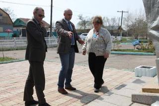 Работы по ремонту памятников и мемориалов завершаются в УГО