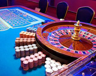 В Приморье набирают специалистов с опытом работы в казино