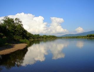 В Приморье реки и озера очистят от мусора