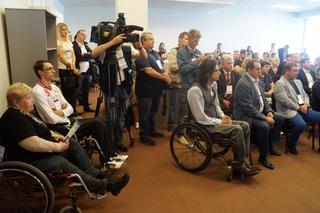 Вопросы развития инвалидного спорта в Приморье рассмотрели на МедиаСаммите-2015