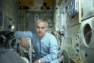 Знаменитый летчик-космонавт приедет в Уссурийск для работы над скульптурой Пушкина