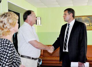 Вице-губернатор Приморского края Олег Ежов посетил социальные учреждения Уссурийска